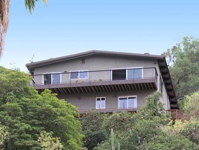 We just sold this mid-century modern Eagle Rock home for $930,000!