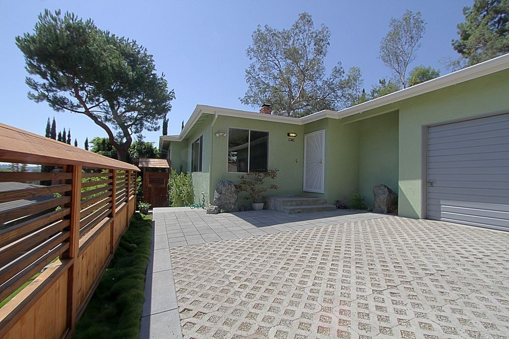 1963 Midcentury Ranch at 612 Cheviotdale Street