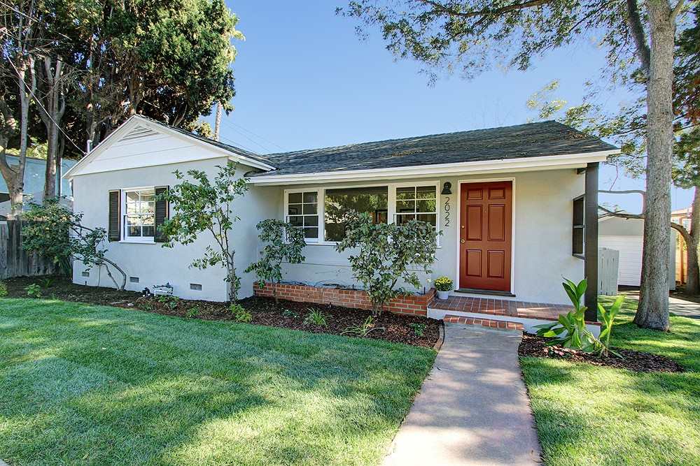 Charming 1950s Ranch at 2022 Las Flores