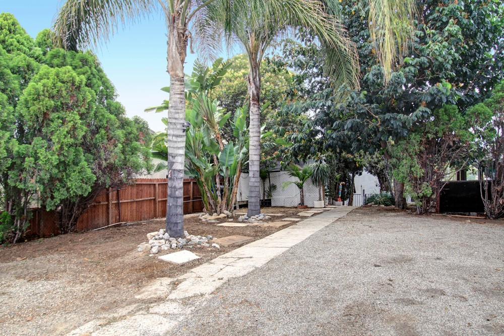 A True Fixer with Views at 4427 Mont Eagle