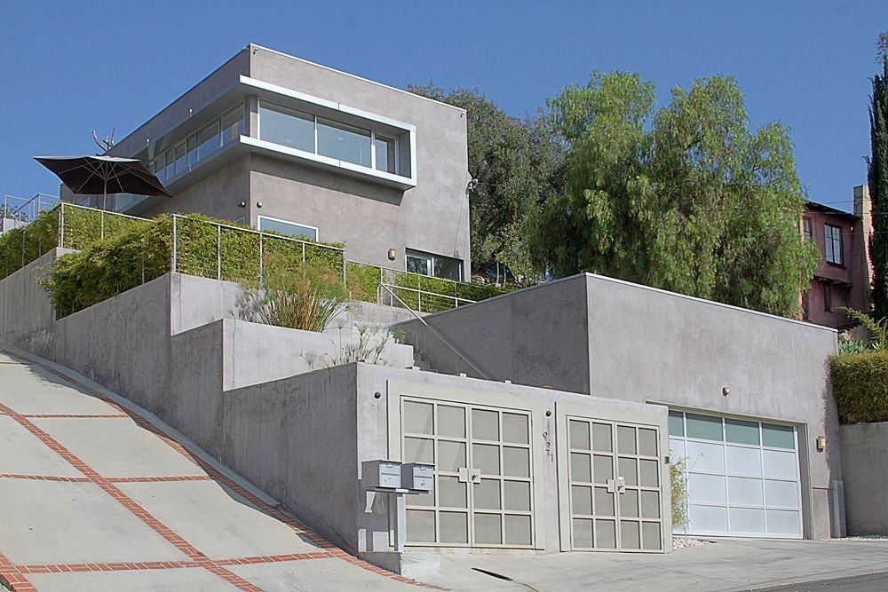 Modern Contemporary with Views at 921 Poppy Street