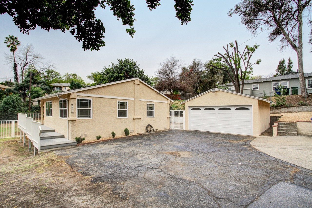 Spacious 4 bedroom Ranch in Eagle Rock