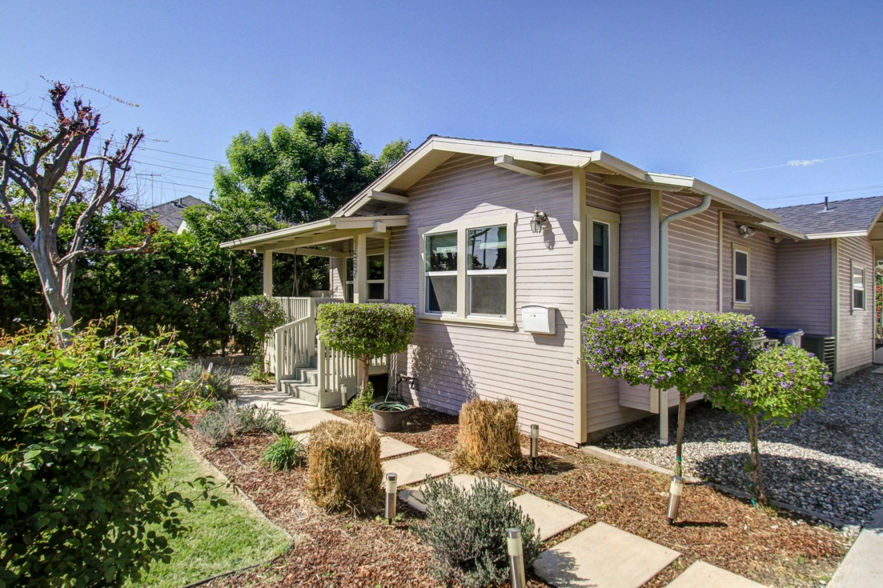 Remodeled Eagle Rock Bungalow Listed for $799,000!